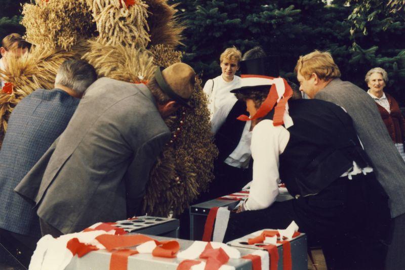 Roepe_Etta_Erntefest_1985-30